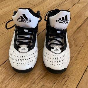 Adidas boys athletic shoes size 3.5